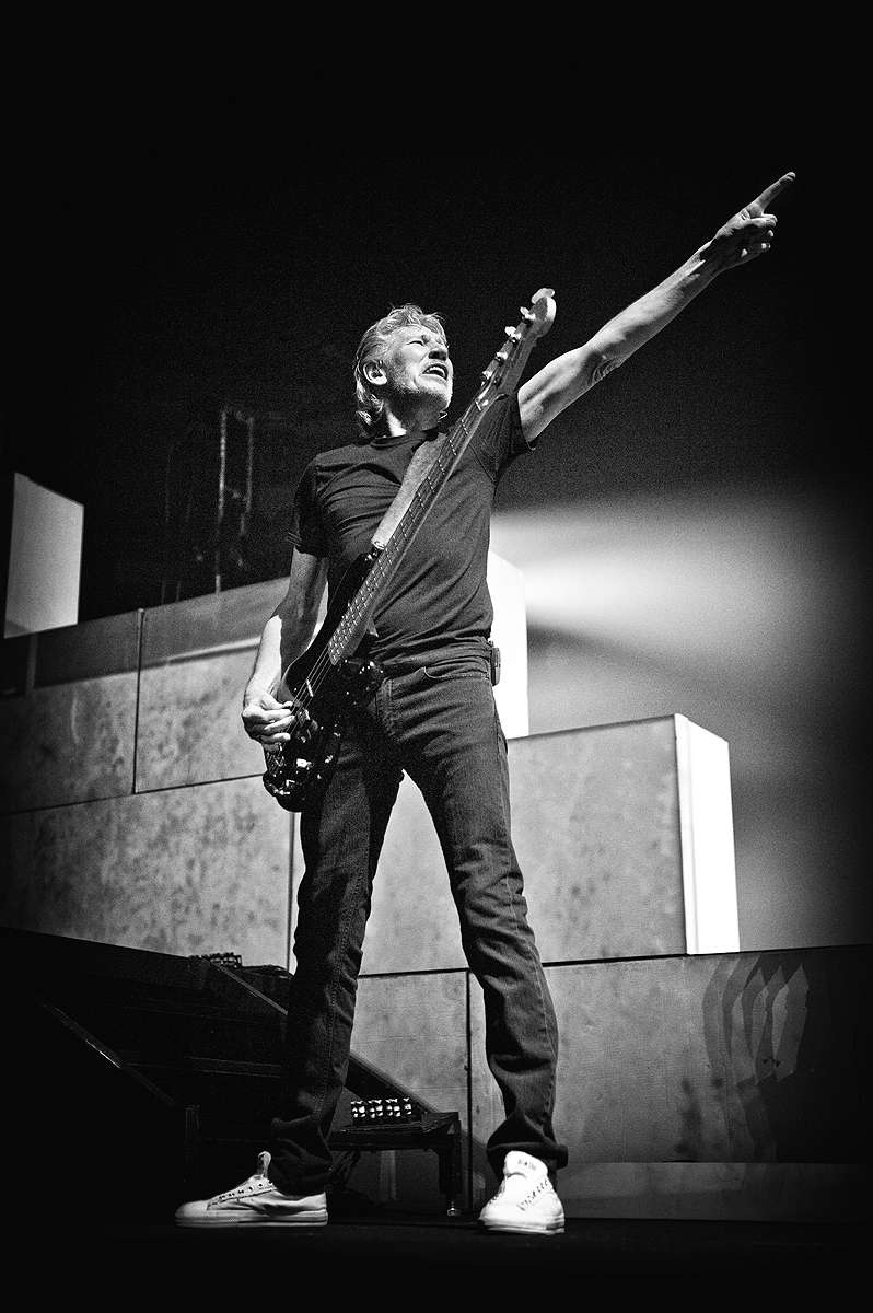 Roger_Waters_The_Wall_Jerome_Brunet